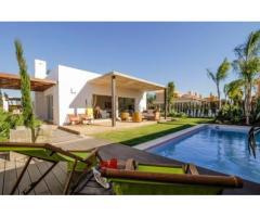 Недвижимость в Испании, Новые виллы между морем и заливом от застройщика в Ла Манга