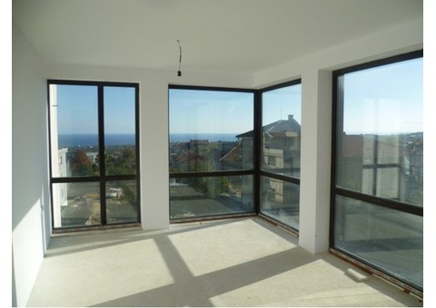 Недвижимость в Болгарии с видом на море, в Варне