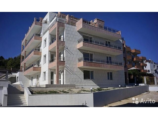 Обустроенная трёхкомнатная квартира на Золотых Песках