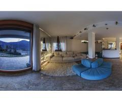Продается вилла с видом на озеро в северной Италии