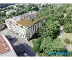 Квартира 1+кк, 34,3 m² с большой террасой в Праге 8