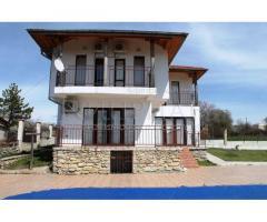 Двухэтажный новый дом с бассейном в 27 км от Варны, Болгария