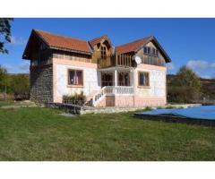 Отремонтированный каменный дом  в 20 км от Варны и в 4 км от курорта Албена, Болгария