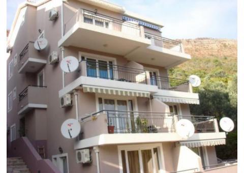 Черногори Петроваце сдам 2 х комнатную квартиру